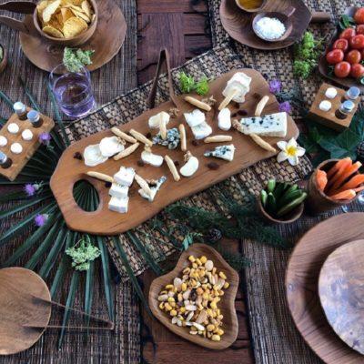 Conjunto de artículos de madera de teca para mesa